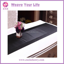ZNZ Factory Directly sales Woven PVC Waterproof Table Runner Sizes
