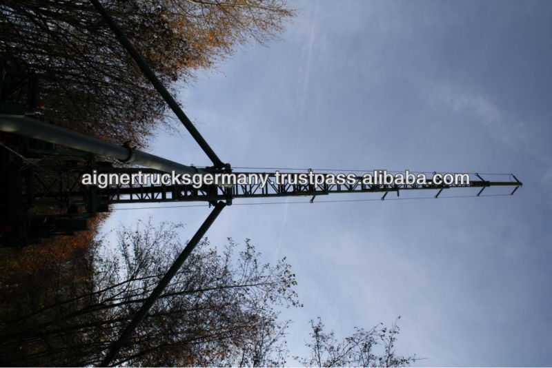 Telescopic, telecomunication/lightning tower on trailer