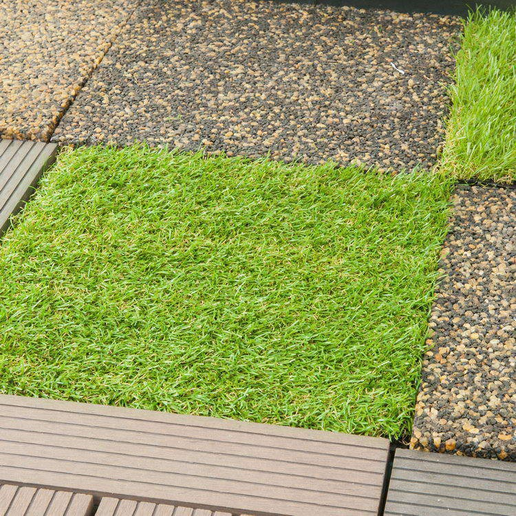 Top grade hot-sale artificial grass tile fence for balcony