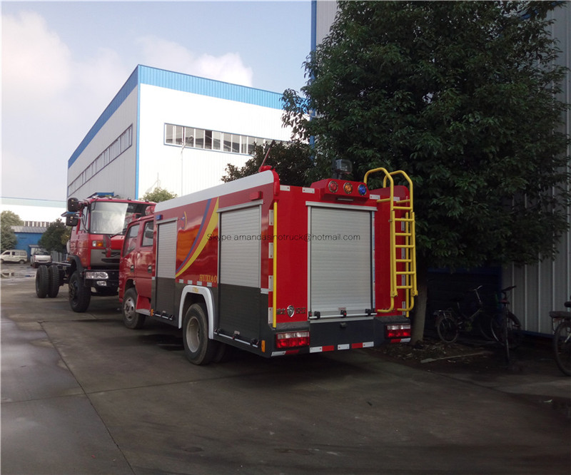 China DongFeng double cabin left hand drive mini water tank fire engines fighting truck
