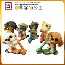 Skateboard resin lively playful dog ornaments crafts and polyresin puppy a variety of holiday gifts resin puppy statues