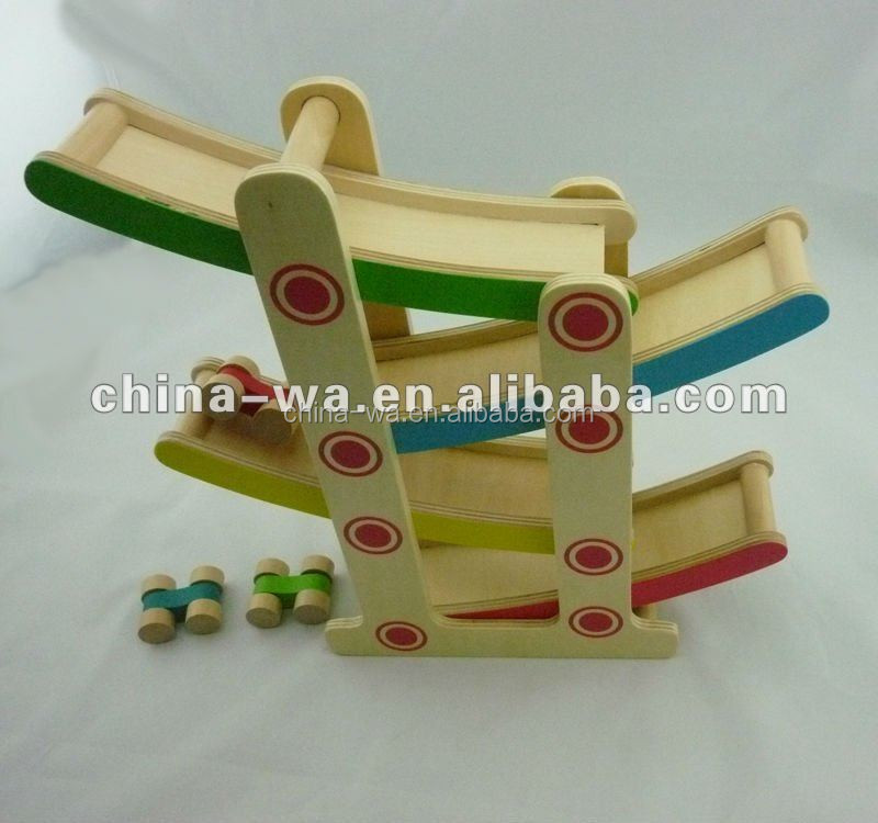 2014 top quality wooden racetrack and sliding racing car toy set for kids