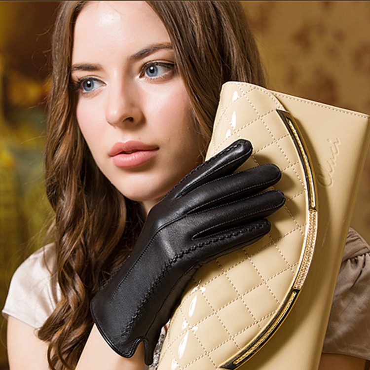 China cheap price purple color side split stitching design sexy leather gloves for women