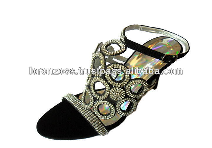 Women Footwear With Silver Embroidery