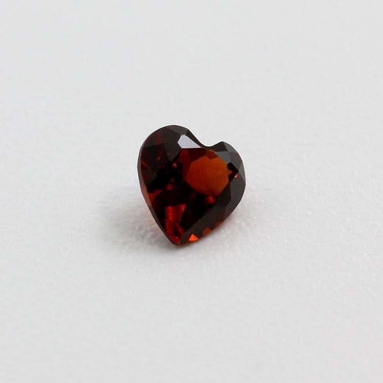 4*4mm heart shape red garnet price per caratstone