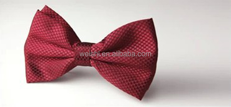 silk men's bow tie and hanky set