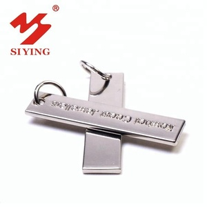 Customized metal tags with engraved logo stamp for wholesale jewelry charm