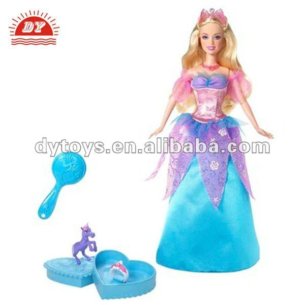 beautiful plastic fashion girl doll for children