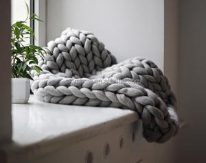 2018 Hot Sell Wool Yarn Super Chunky Merino Blanket
