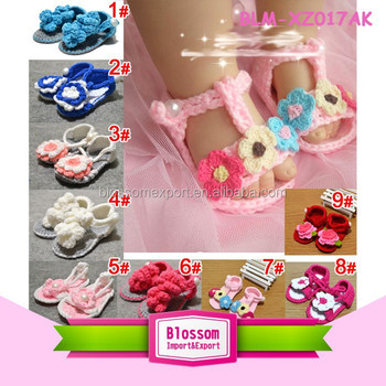 Baby pink handmade design wool wholesale baby shoes