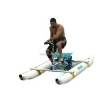 [2017 Hottest] Theme Park Water Games Equipment Aqua Adult Pedal Bikes / Bicycle