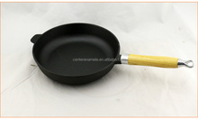 Cast Iron Sauce Pan With Wooden Handle