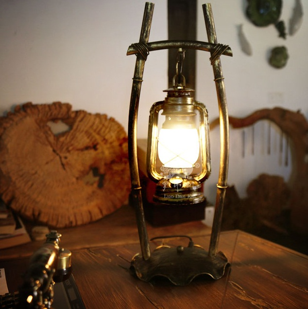 Classic Chinese oil reading hand made table lamp Wholesale