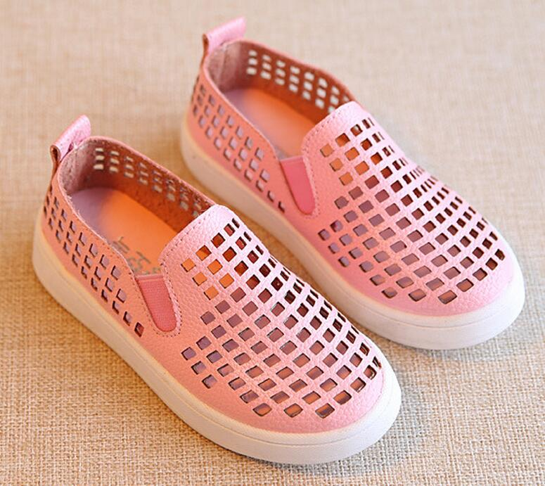 Fashion flat comfortable pu with breathable <strong>hole</strong> upper girls casual shoes children