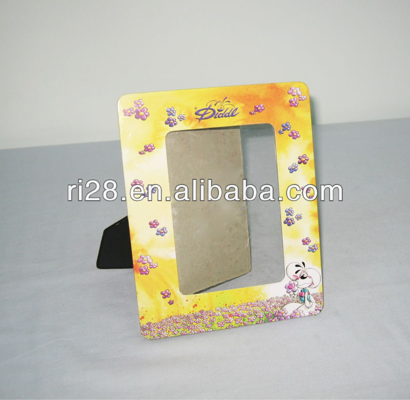 Tin photo frame