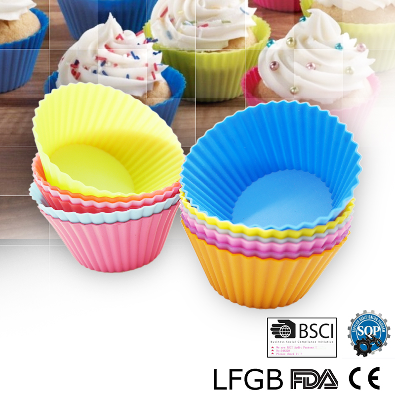 Cake mold Non Stick silicon mold for Muffins Cakes and Cupcakes Pie Mold