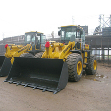 Earth moving machine large wheel loaders