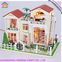 Popular with light and furniture DIY the dollhouse miniatures large doll house for sale