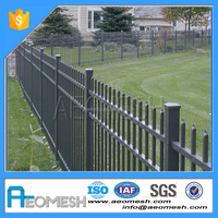 Easy install Decorative flower garden fencing/ cheap fences for sale/powder coated wire mesh panels