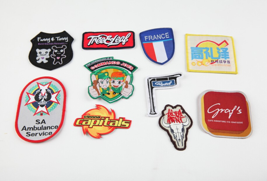 Wholesale clothing brand labels garment woven labels iron for T shirt tags wholesale