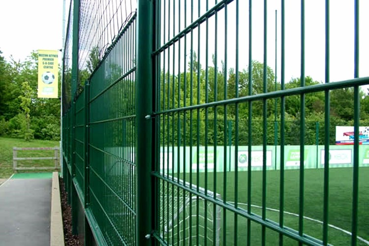 Alibaba Best Seller supply 565 Double Wire Fence Panel For Sale