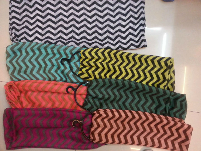 wholesale 100% polyester zigzag chevron infinity scarf