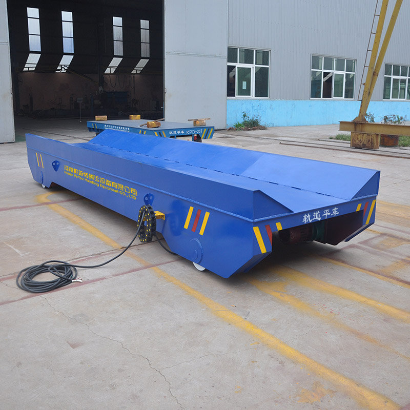 removable portable mobile foam tank for fire fighting