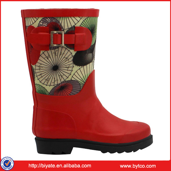 China Factory Fashion Women Rubber Boots Wholesale