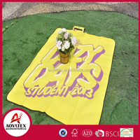 Flat screen printing polar fleece picnic blanket with waterproof backing