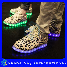 New Styles High Quality Rechargeable Multcolors Adult Flat Flashing Shoes