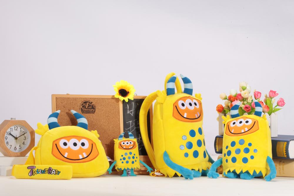 High quality children school backpack with plush animals