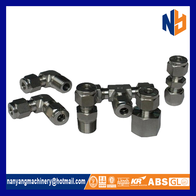 Stainless steel adjustable angle tube fitting