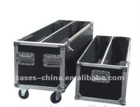 aluminum dual plasma tv flight case with casters