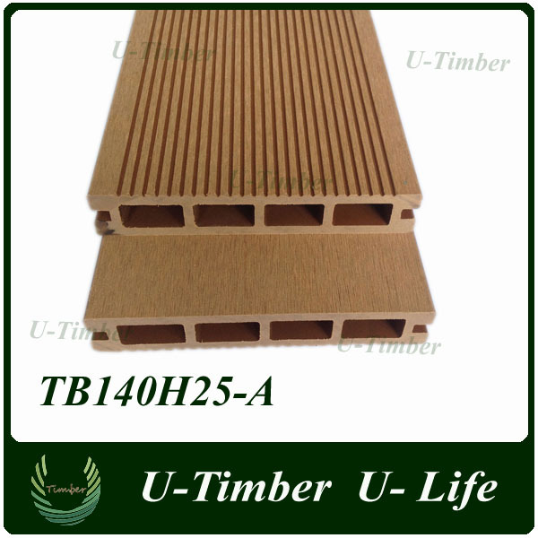 Outdoor anti-slip plastic timber decking for walkway