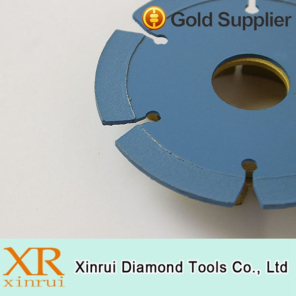 Special design die cutting tool for ceramic tiles diamond saw blade
