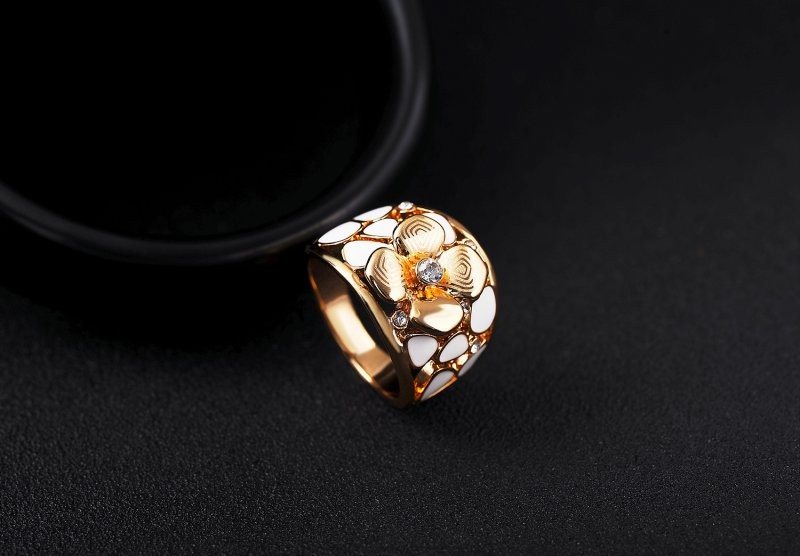 Fashion flower shape rose gold ring design,diamond inlay flower of life ring
