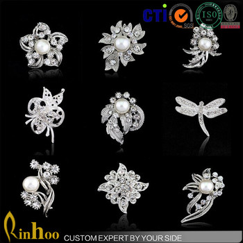 Vintage New Arrival Korea Elegant Brooch Rhinestone Exquisite LUXURY Pearl Bride Brooch Pin Women cheap Wedding Pearl Brooch