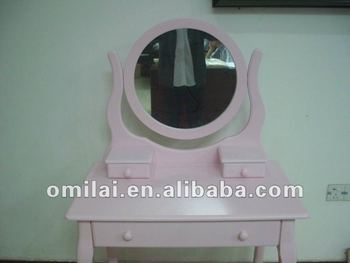 Makeup dressing table pink
