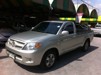 2008 Toyota Hilux Vigo Single Cab 2.5 L MT 2 WD