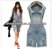 EUROPEAN WOMEN SUSPANDER SHORT JEANS