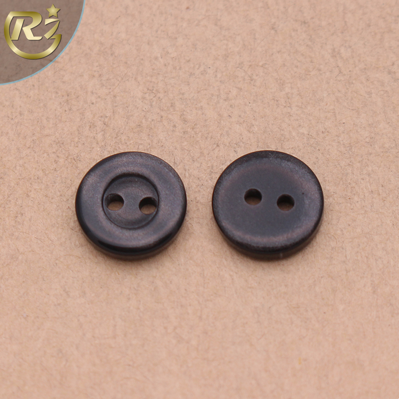 N-1468 2 Hole Different Size Plastic Black Fashion Resin Decorative Wholesale For Kid Clothing Shirt Button