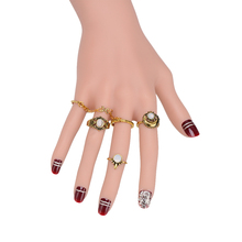 White Jewel Promotional 5pcs/set Finger Ring Set