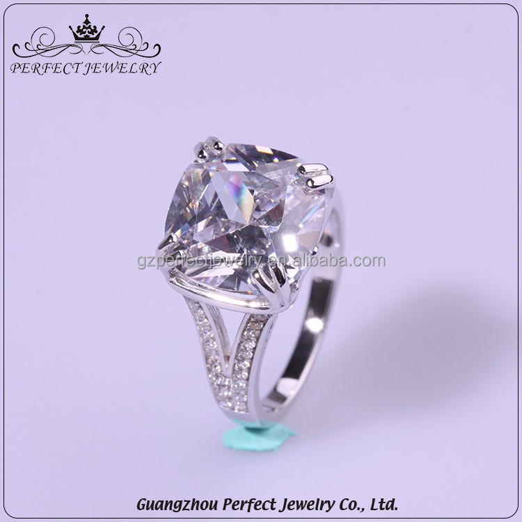 Guangzhou factory wholesale new design ladies finger ring engagement silver ring