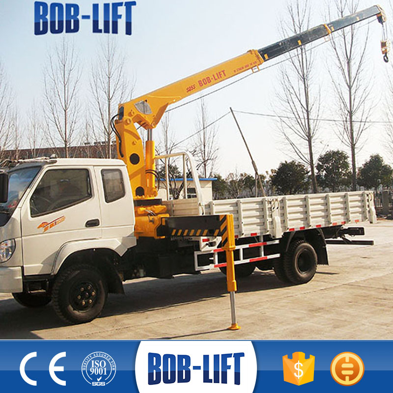 Small Mobile 5 ton Truck Mounted Crane for Sale in Dubai
