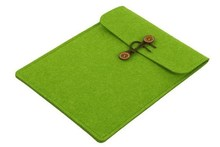 2015 AZO free Recyclable felt fabric laptop sleeve with wood button