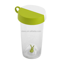 Rabbit Design Insulated Plastic Water Bottle