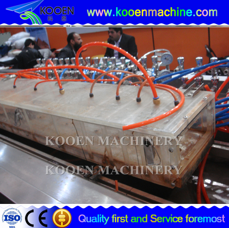 china PVC wood plastic foam form plate extrusion machine