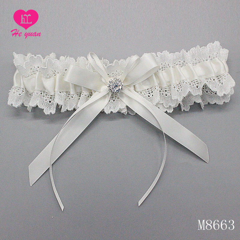 M8663 Cheap Wholesale Bridal Sexy Girls Lace Wedding Garter with White Rose