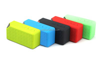 wireless mini bluetooth speaker with FM radio and Built-in Mic for hands-free phone call
