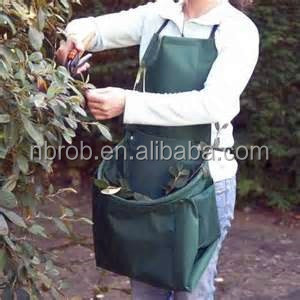Hands-Free Kangaroo Garden Apron with pocket for weeding and harvesting